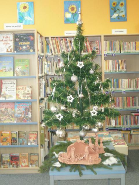 Vánoce 2012 v knihovně 023, obrázek se otevře v novém okně